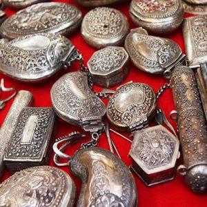 Curios & Jewellery
