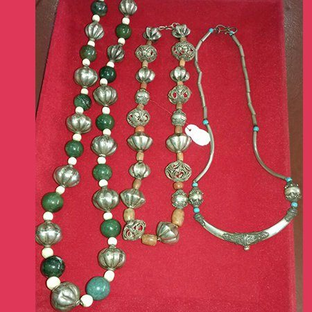 NK-004-Necklaces with Beads